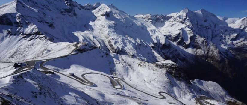 Wegen in de Oostenrijkse bergen